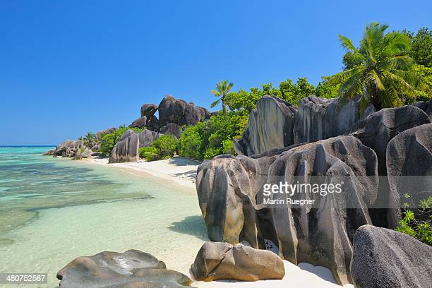 anse source d´argent beach. - la digue island stock pictures, royalty-free photos & images