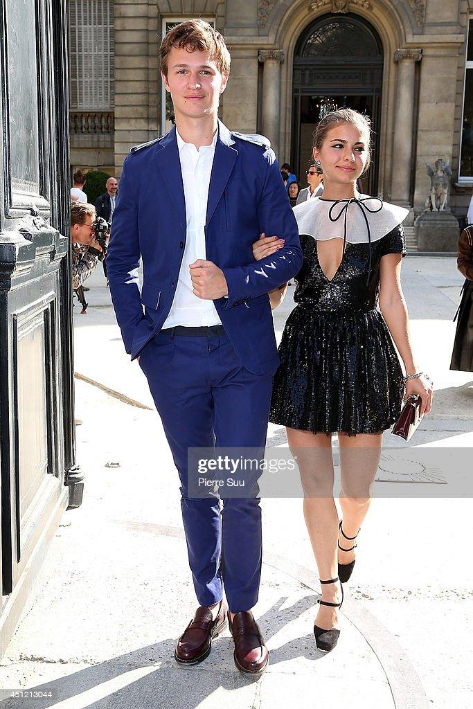 Valentino : Outside Arrivals  - Paris Fashion Week - Menswear S/S 2015 : News Photo