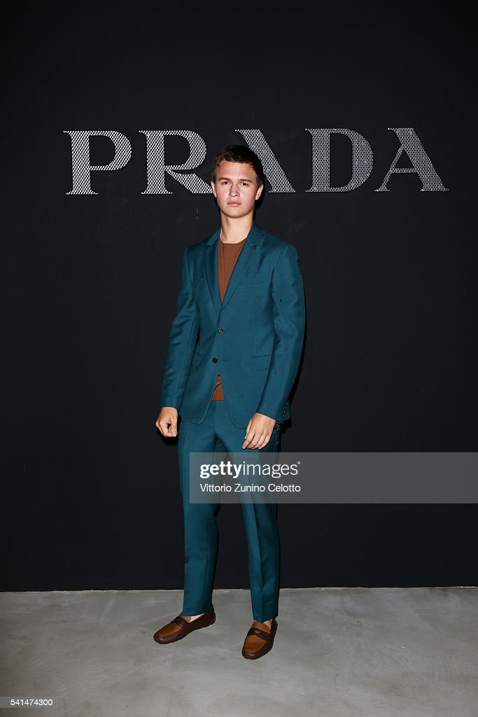 Prada - Front Row - Milan Men's Fashion Week SS17