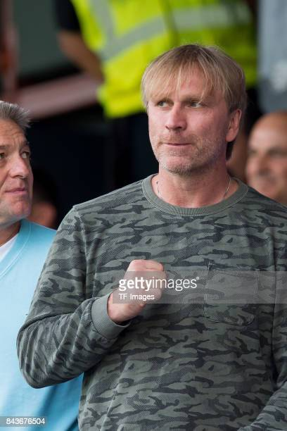 Ansgar Brinkmann auf der tribuene gestures during the U21 UEFA 2018 EM Qualifying match between Germany and Kosovo at the Stadion Bremer Bruecken in...