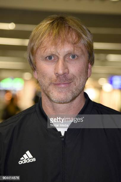 Ansgar Brinkmann leaves for 'I'm a celebrity Get Me Out Of Here' in Australia from Frankfurt International Airport on January 13 2018 in Frankfurt am...