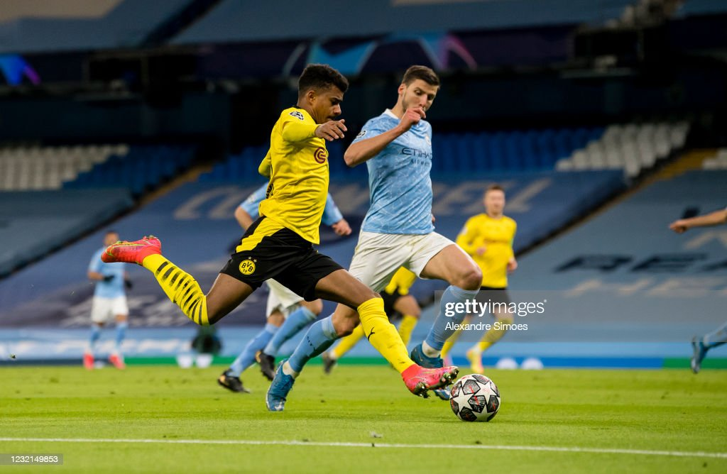 Manchester City v Borussia Dortmund - UEFA Champions League Quarter Final: Leg One : News Photo