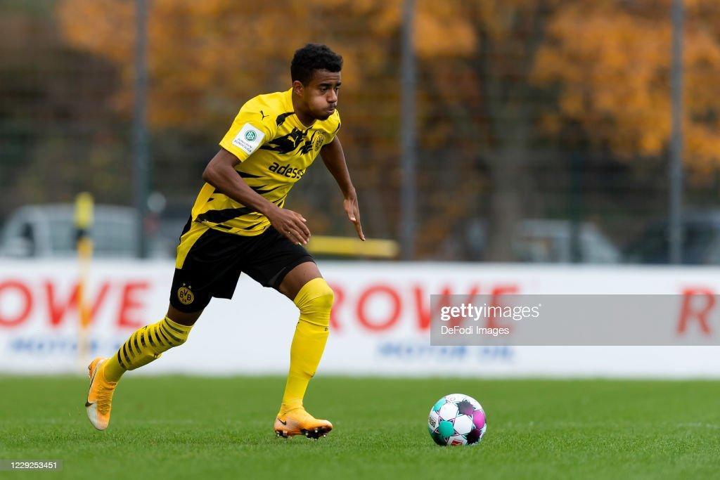 Borussia Dortmund v Rot-Weiss Essen - Junior Bundesliga West : News Photo