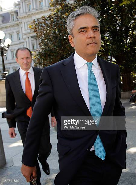 Anshu Jain CoCEO of Deutsche Bank and James Gorman CEO of Morgan Stanley walk outside the White House after meeting with US President Barack Obama...
