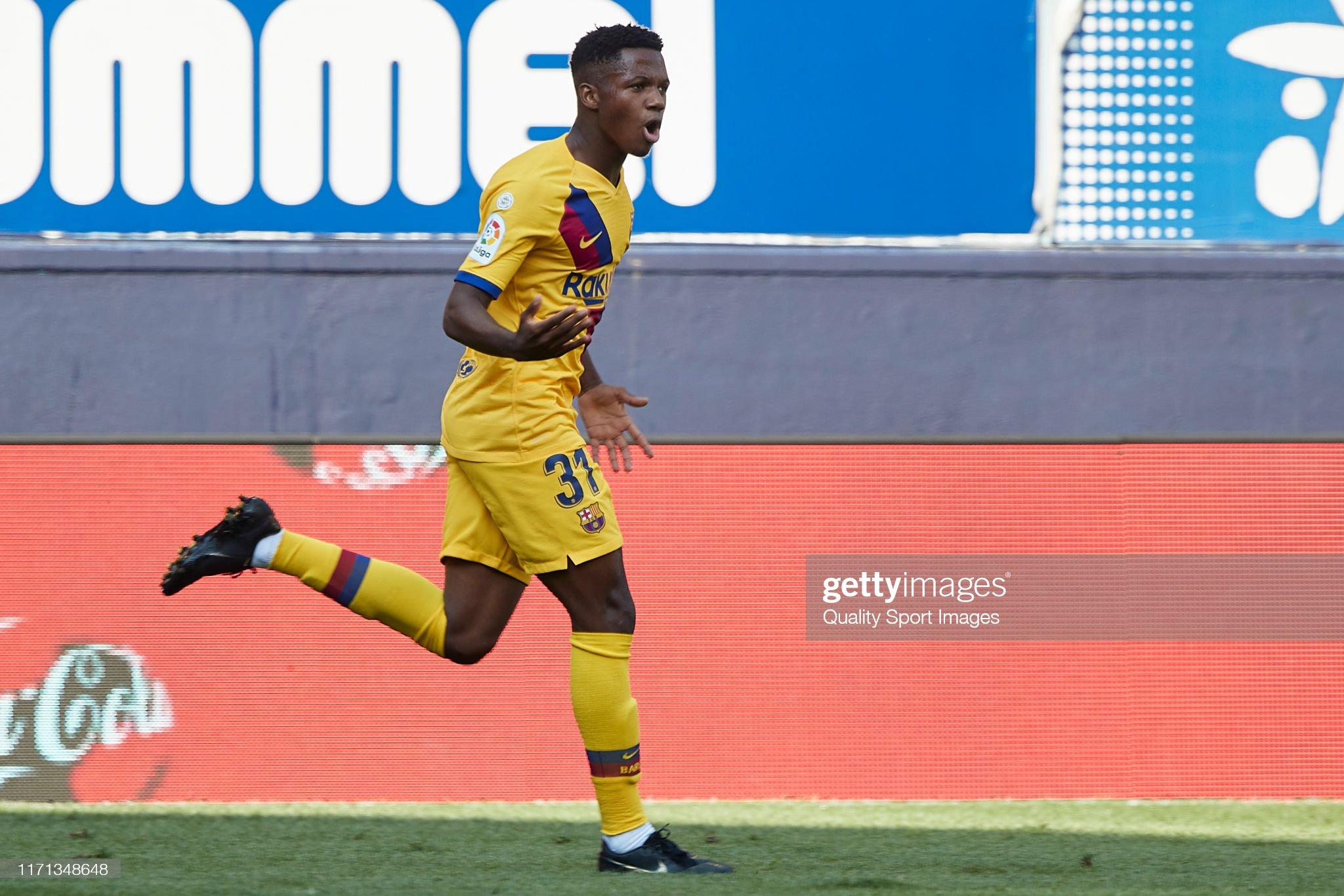 صور مباراة : أوساسونا - برشلونة 2-2 ( 31-08-2019 )  Anssumane-fati-of-fc-barcelona-celebrates-after-scoring-his-teams-picture-id1171348648?s=2048x2048