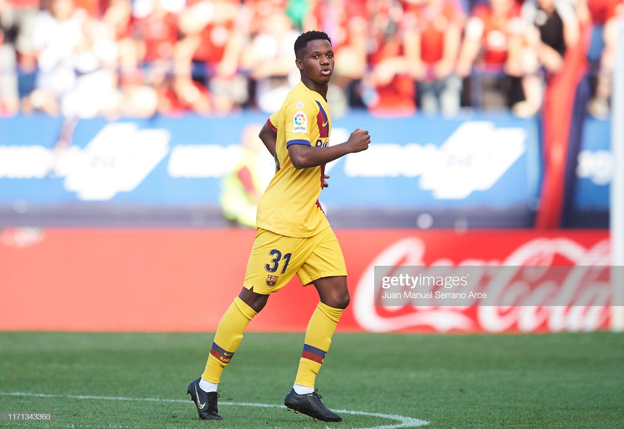 صور مباراة : أوساسونا - برشلونة 2-2 ( 31-08-2019 )  Anssumane-fati-of-fc-barcelona-celebrates-after-scoring-the-first-of-picture-id1171343360?s=2048x2048