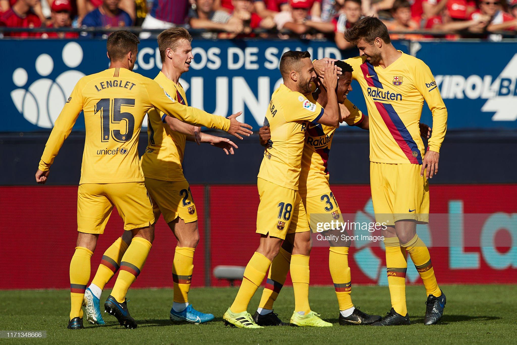 صور مباراة : أوساسونا - برشلونة 2-2 ( 31-08-2019 )  Anssumane-fati-of-fc-barcelona-celebrates-with-teammates-after-his-picture-id1171348666?s=2048x2048