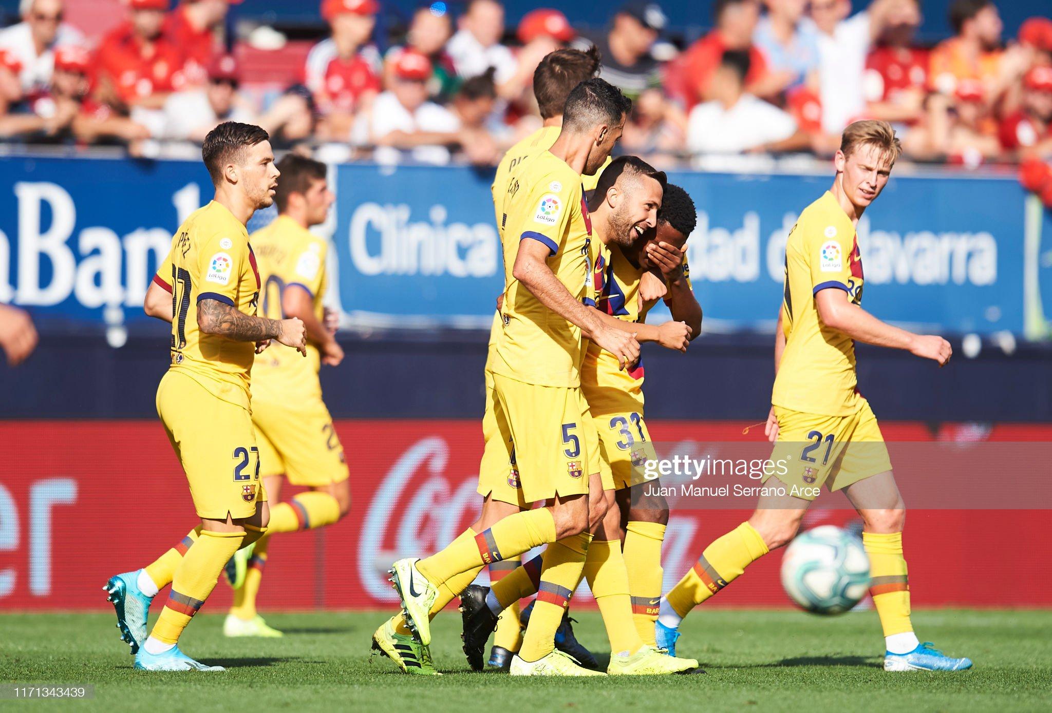 صور مباراة : أوساسونا - برشلونة 2-2 ( 31-08-2019 )  Anssumane-fati-of-fc-barcelona-celebrates-with-teammates-jordi-alba-picture-id1171343439?s=2048x2048