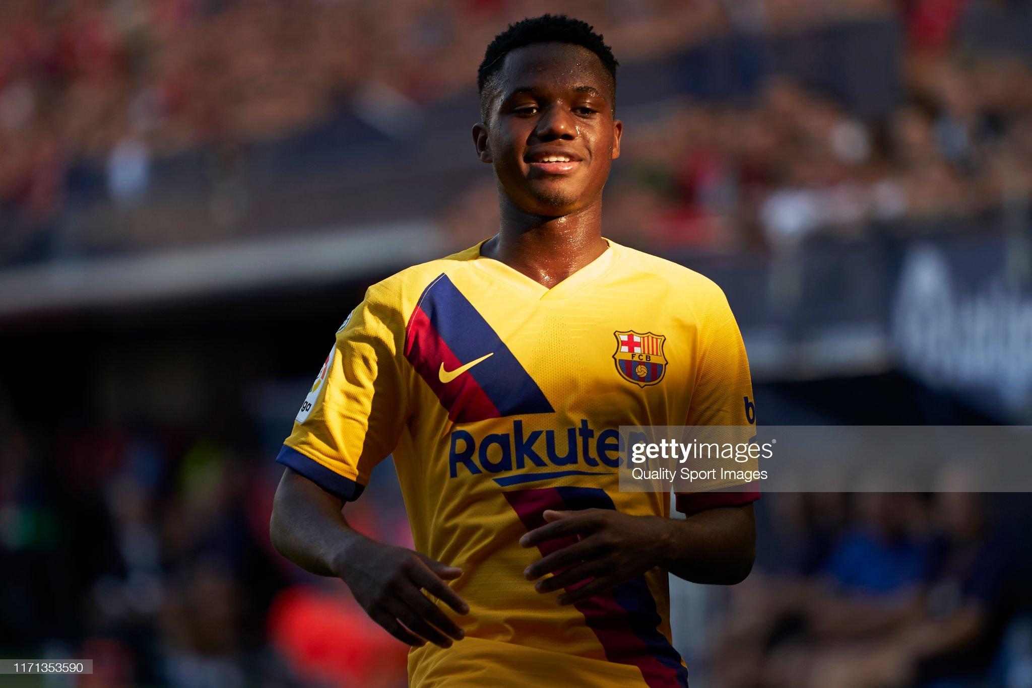 صور مباراة : أوساسونا - برشلونة 2-2 ( 31-08-2019 )  Anssumane-fati-of-fc-barcelona-looks-on-during-the-liga-match-between-picture-id1171353590?s=2048x2048