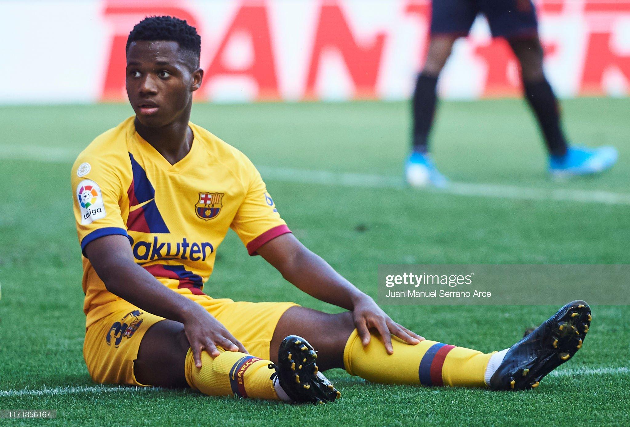 صور مباراة : أوساسونا - برشلونة 2-2 ( 31-08-2019 )  Anssumane-fati-of-fc-barcelona-reacts-during-the-liga-match-between-picture-id1171356167?s=2048x2048