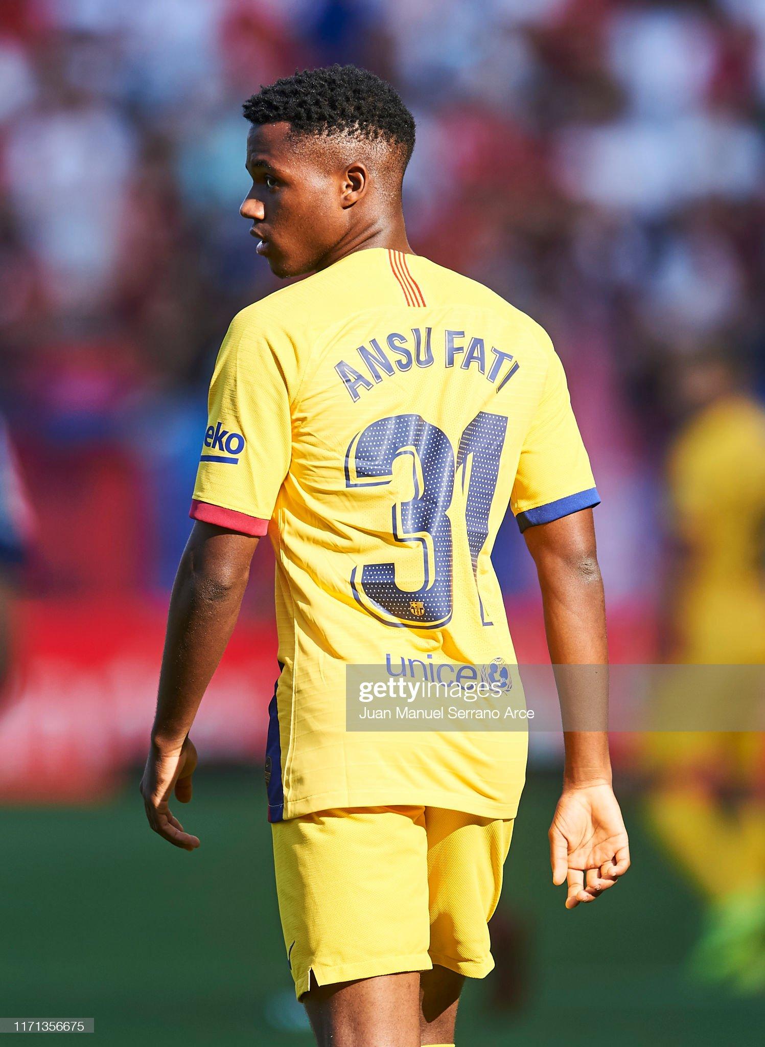 صور مباراة : أوساسونا - برشلونة 2-2 ( 31-08-2019 )  Anssumane-fati-of-fc-barcelona-reacts-during-the-liga-match-between-picture-id1171356675?s=2048x2048