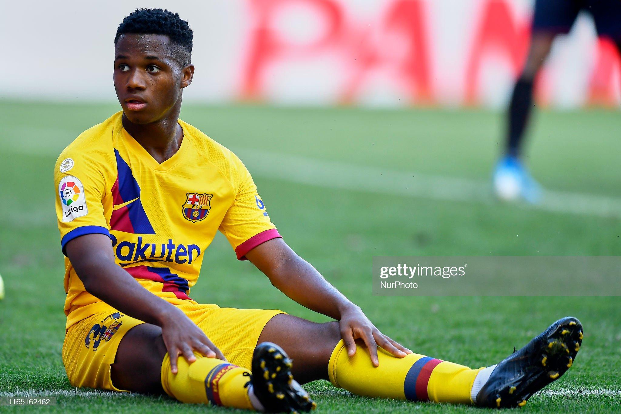 صور مباراة : أوساسونا - برشلونة 2-2 ( 31-08-2019 )  Ansu-fati-of-barcelona-during-the-liga-match-between-ca-osasuna-and-picture-id1165162462?s=2048x2048