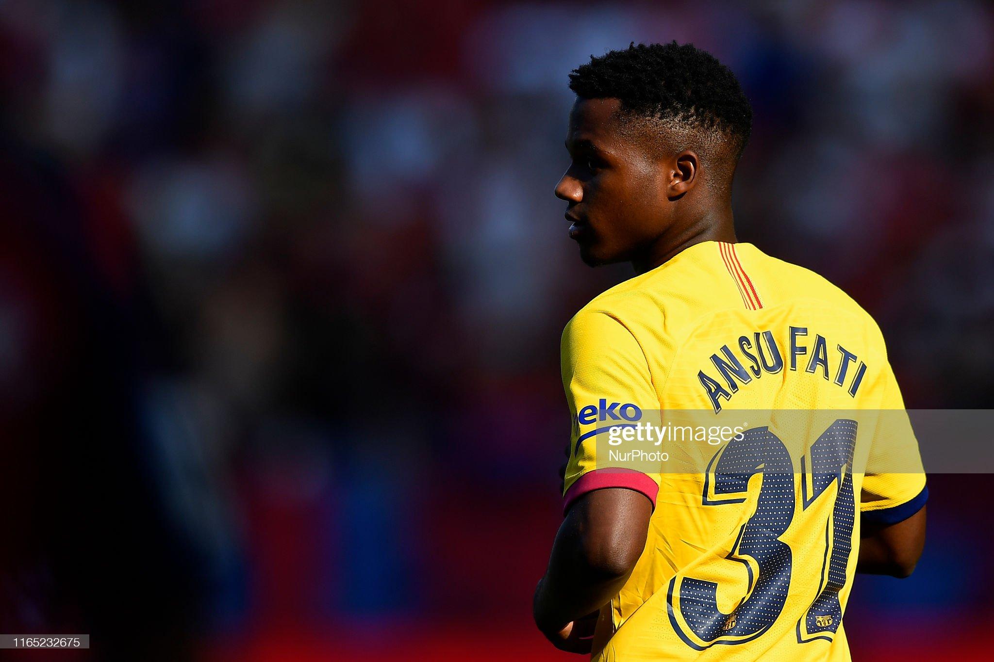 صور مباراة : أوساسونا - برشلونة 2-2 ( 31-08-2019 )  Ansu-fati-of-barcelona-during-the-liga-match-between-ca-osasuna-and-picture-id1165232675?s=2048x2048