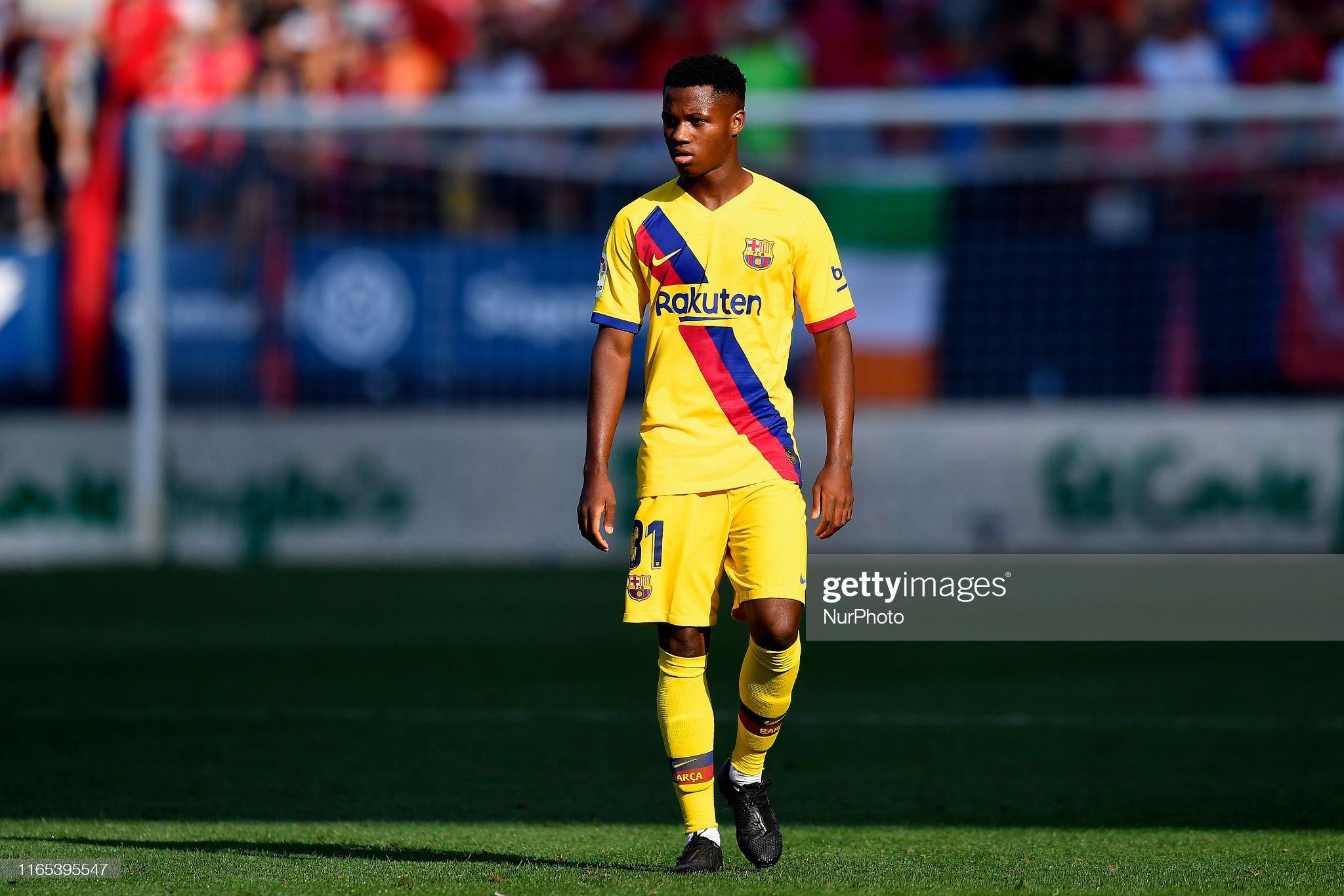 صور مباراة : أوساسونا - برشلونة 2-2 ( 31-08-2019 )  Ansu-fati-of-barcelona-during-the-liga-match-between-ca-osasuna-and-picture-id1165395547?s=2048x2048