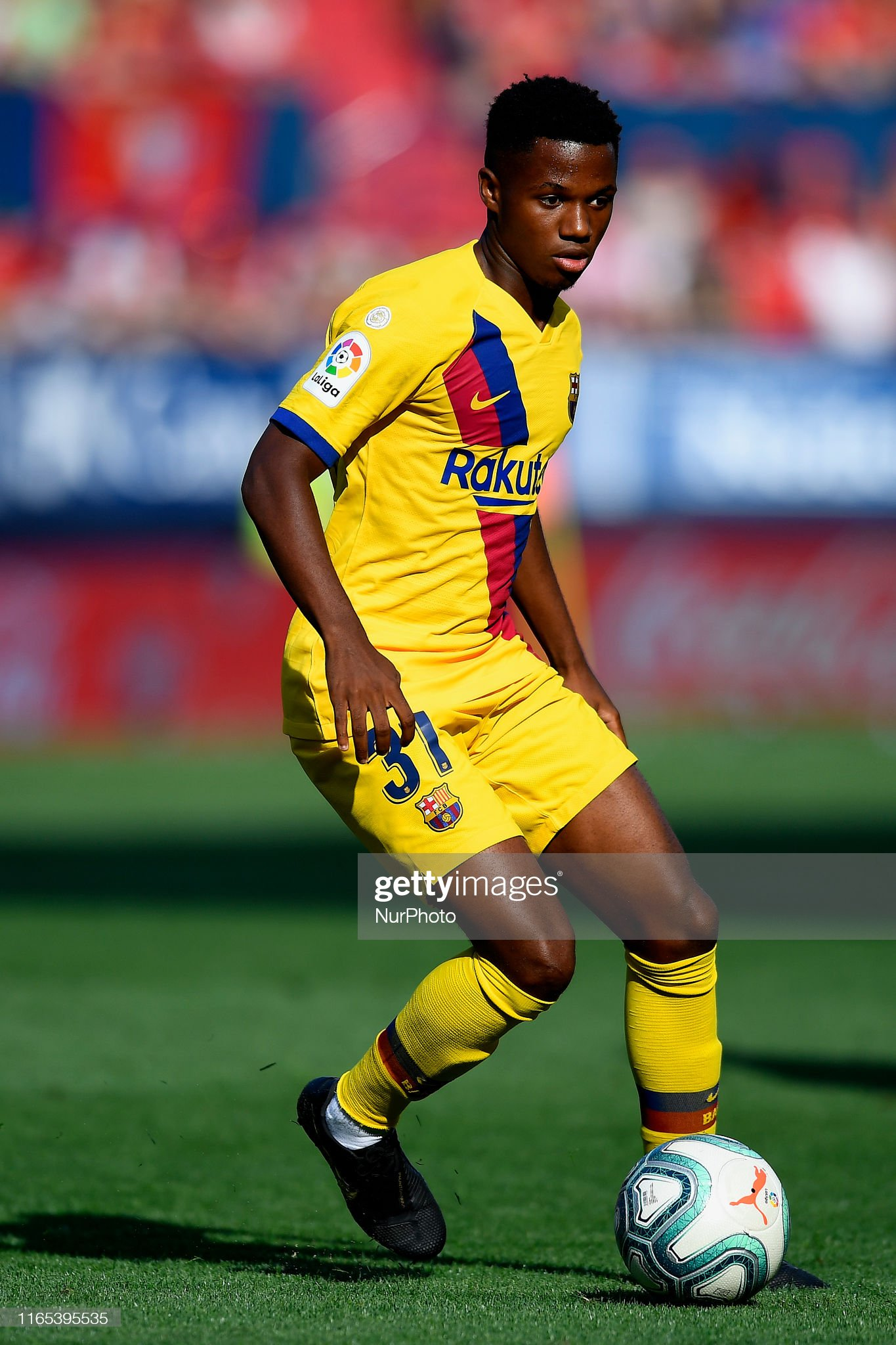 صور مباراة : أوساسونا - برشلونة 2-2 ( 31-08-2019 )  Ansu-fati-of-barcelona-in-aciton-during-the-liga-match-between-ca-picture-id1165395535?s=2048x2048