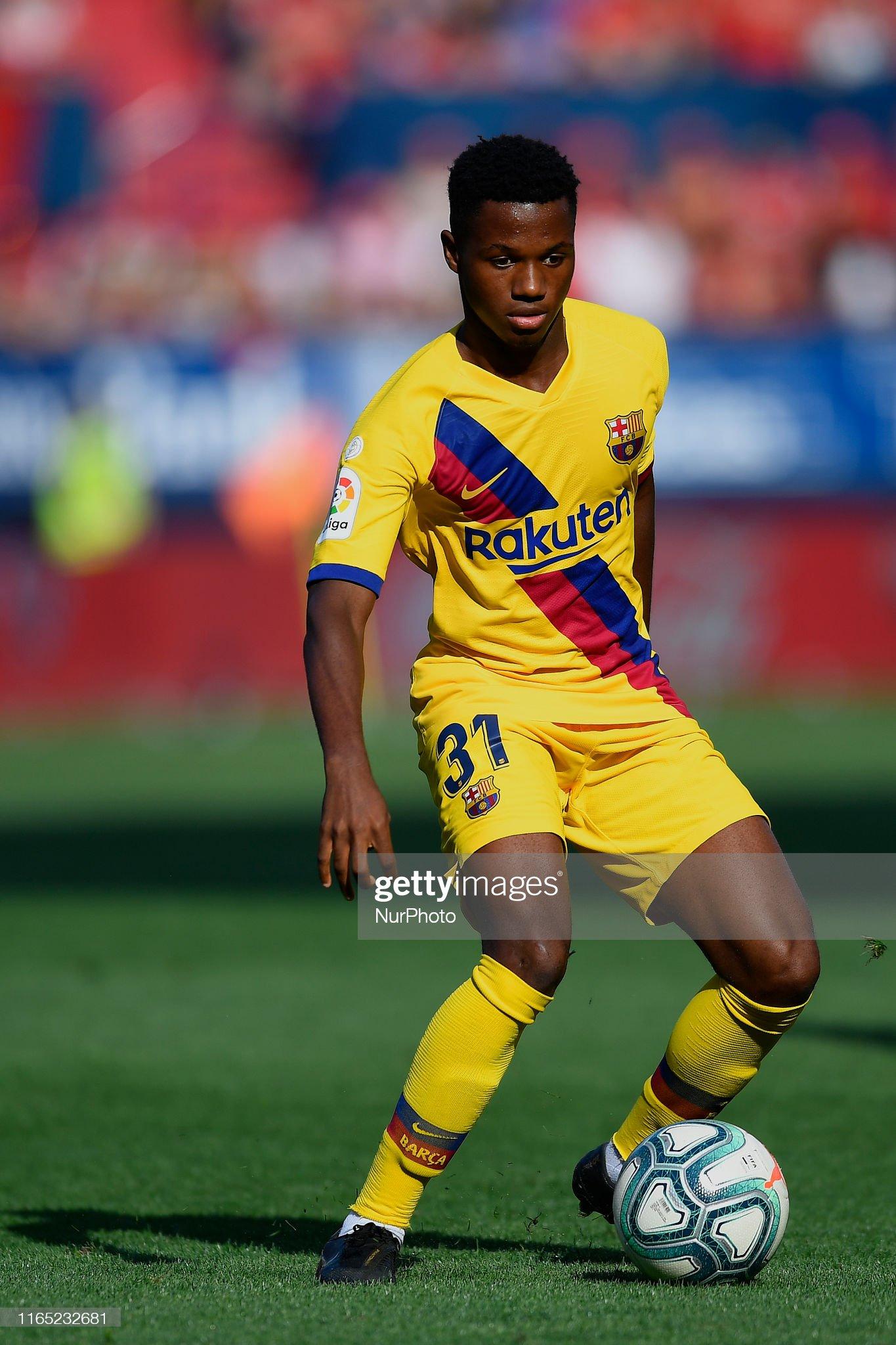 صور مباراة : أوساسونا - برشلونة 2-2 ( 31-08-2019 )  Ansu-fati-of-barcelona-in-action-during-the-liga-match-between-ca-picture-id1165232681?s=2048x2048