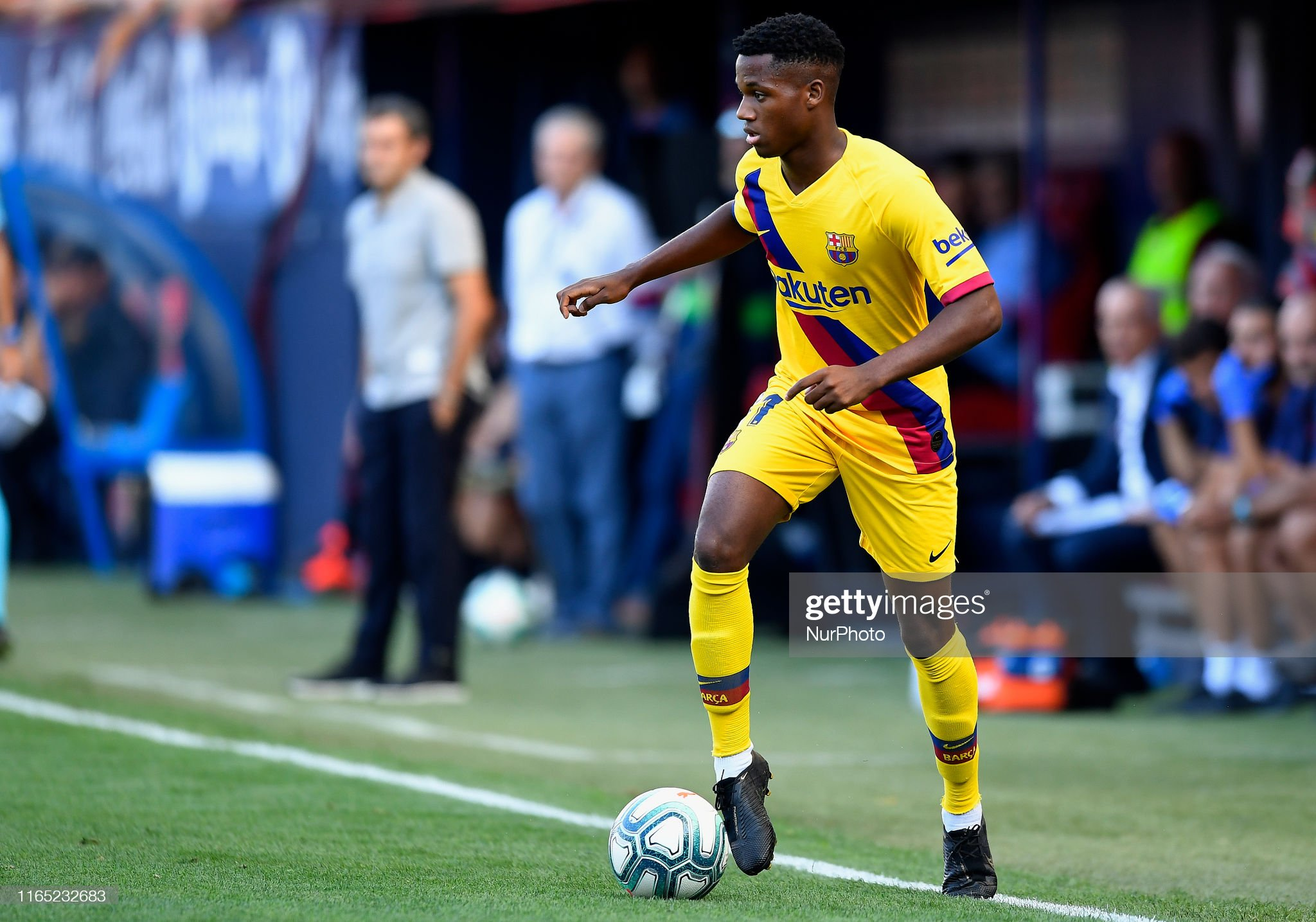 صور مباراة : أوساسونا - برشلونة 2-2 ( 31-08-2019 )  Ansu-fati-of-barcelona-in-action-during-the-liga-match-between-ca-picture-id1165232683?s=2048x2048
