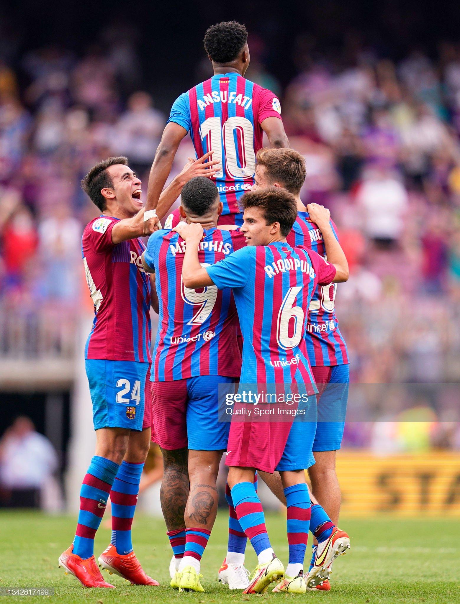 Ansu Fati - Page 3 Ansu-fati-of-fc-barcelona-celebrates-with-team-mates-after-scoring-picture-id1342817499?s=2048x2048