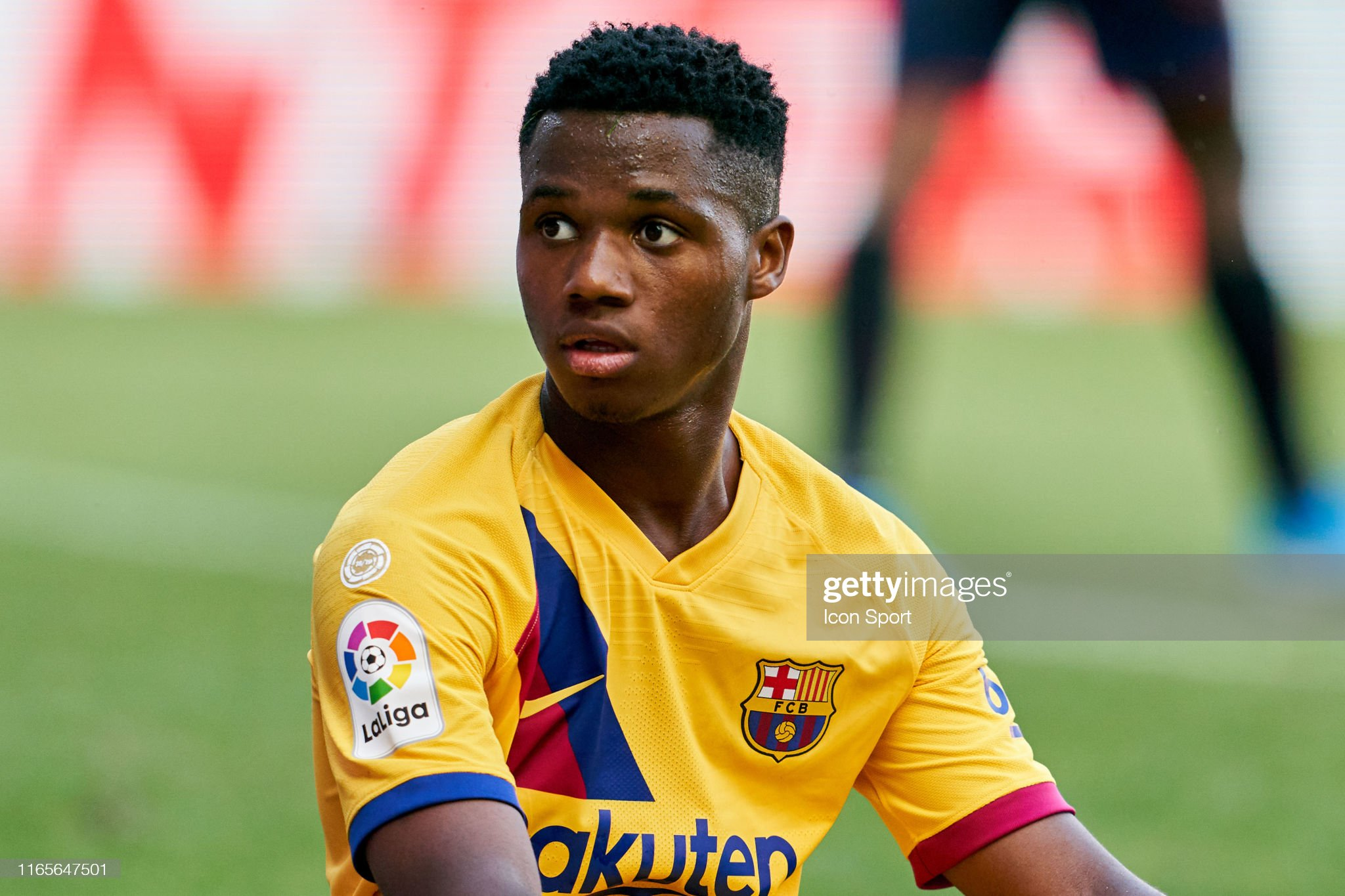 صور مباراة : أوساسونا - برشلونة 2-2 ( 31-08-2019 )  Ansu-fati-of-fc-barcelona-during-the-liga-match-between-osasuna-and-picture-id1165647501?s=2048x2048