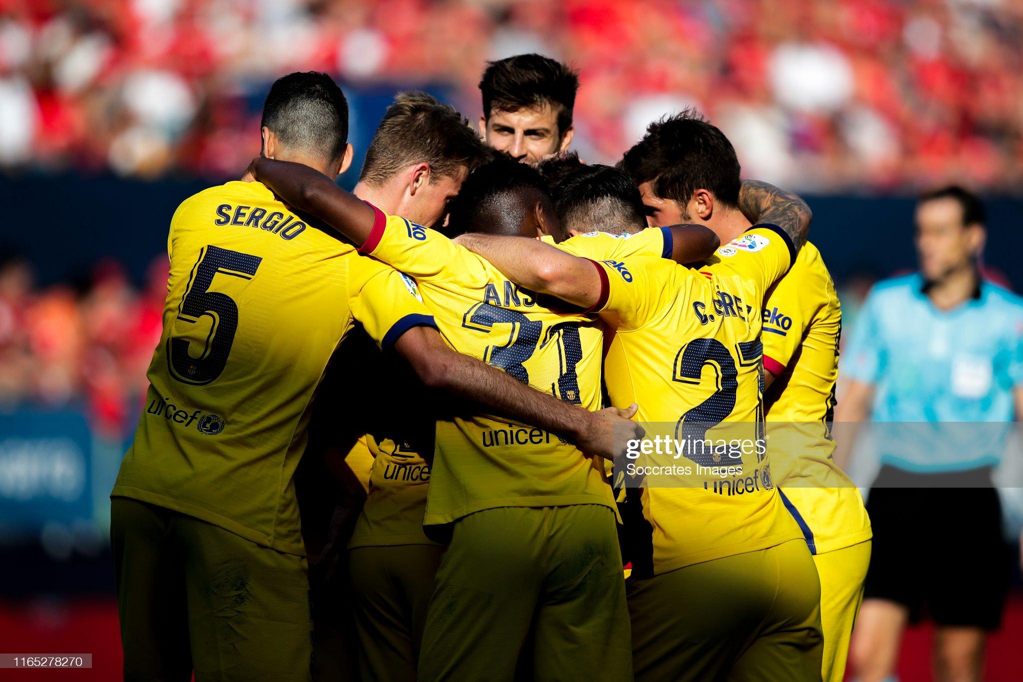 صور مباراة : أوساسونا - برشلونة 2-2 ( 31-08-2019 )  Ansu-fati-of-fc-barcelona-sergio-busquets-of-fc-barcelona-jordi-alba-picture-id1165278270?s=2048x2048