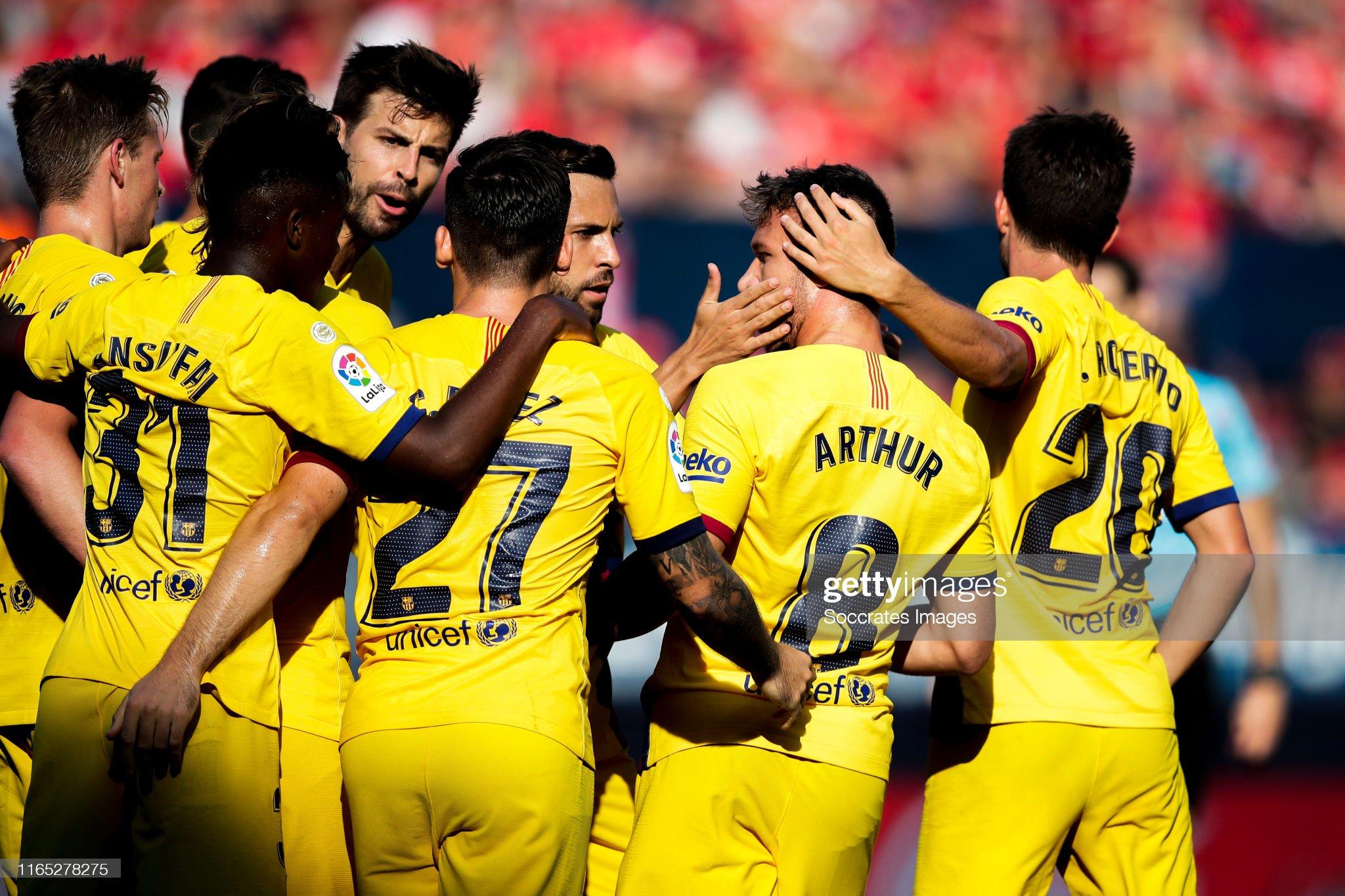 صور مباراة : أوساسونا - برشلونة 2-2 ( 31-08-2019 )  Ansu-fati-of-fc-barcelona-sergio-busquets-of-fc-barcelona-jordi-alba-picture-id1165278275?s=2048x2048