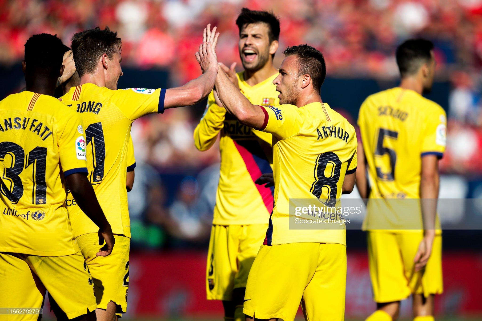 صور مباراة : أوساسونا - برشلونة 2-2 ( 31-08-2019 )  Ansu-fati-of-fc-barcelona-sergio-busquets-of-fc-barcelona-jordi-alba-picture-id1165278279?s=2048x2048