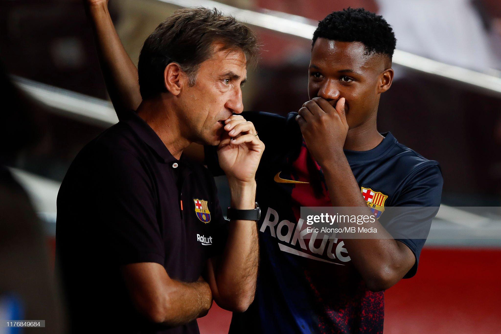 صور مباراة : برشلونة - فياريال 2-1 ( 24-09-2019 )  Ansu-fati-of-fc-barcelona-speaks-with-a-team-member-during-the-liga-picture-id1176849684?s=2048x2048