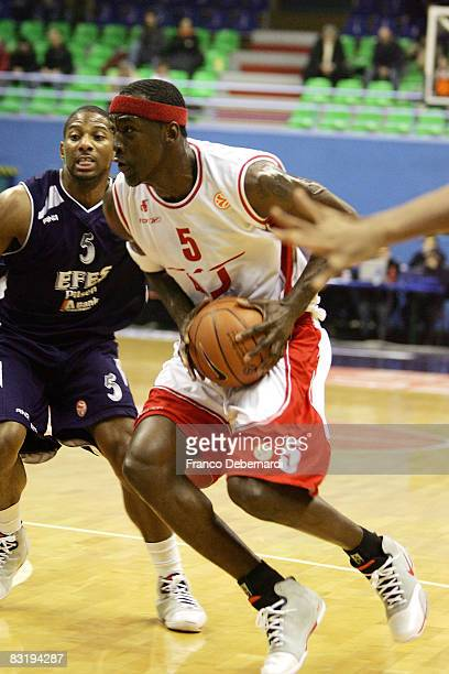 Ansu Seasy of Armani Jeans Milano and James Penn of Efes Pilsen Istanbul in action during the Euroleague Basketball game 9 between Armani Jeans...