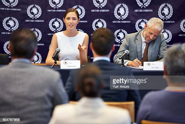 answering their questions - press conference stock pictures, royalty-free photos & images