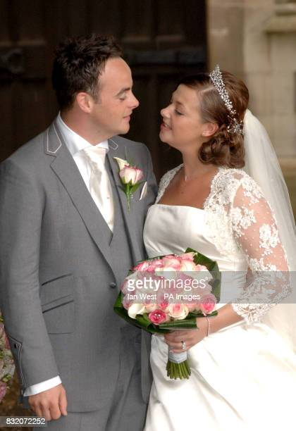 Ant McParlin and Lisa Armstrong after their wedding at StNicholas Church in Taplow Buckinghamshire Picture date Saturday July 22 2006 See PA story...