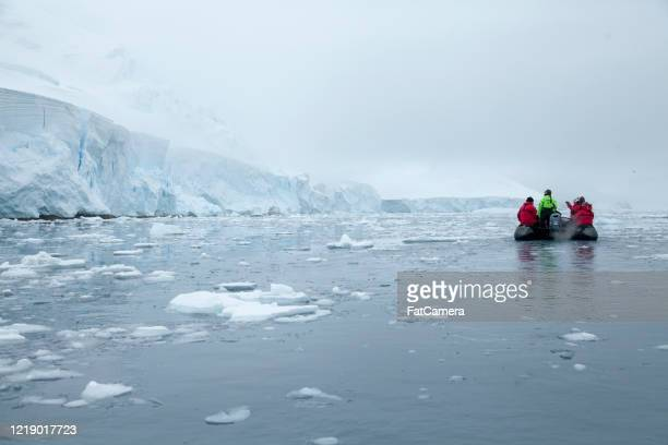 antarctic expedition - antarctica stock pictures, royalty-free photos & images