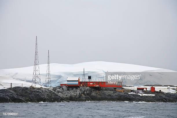 antarctica argentine research station melchior islands - place of research stock pictures, royalty-free photos & images