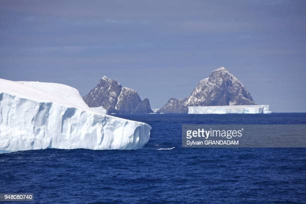 Antarctica cruise on Boreal ship under Captain Etienne Garcia autority orcades islands in the Wedell Sea