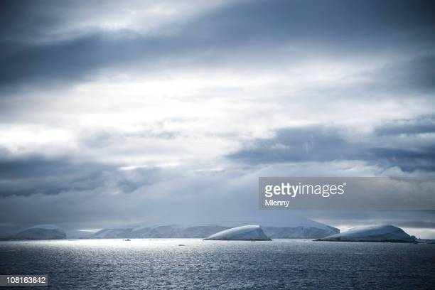 antarctica natural scene - south pole stock pictures, royalty-free photos & images