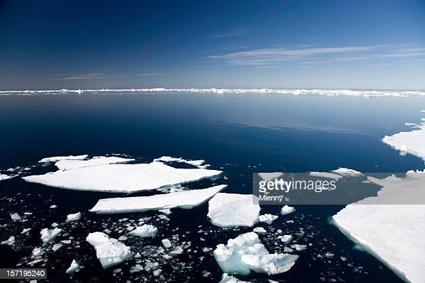 antarctica pack ice - ice floe stock pictures, royalty-free photos & images