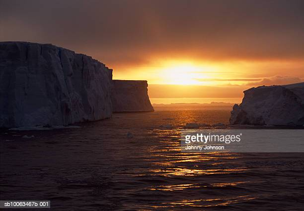 antarctica, weddell sea, icebergs at sunset - weddell sea stock photos and pictures