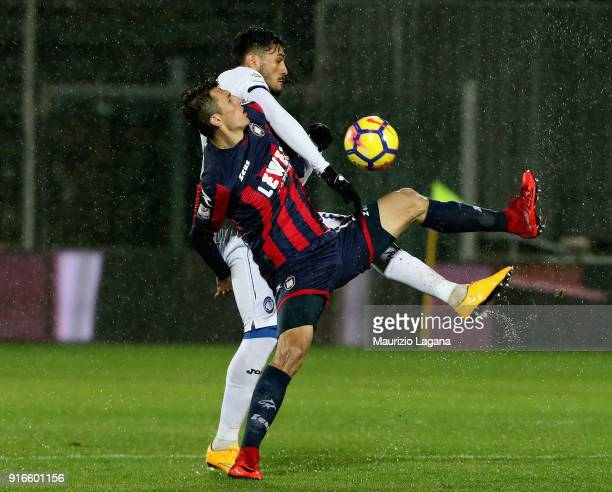 Ante Budimir of Crotone competes for the ball with Josè Palomino during the serie A match between FC Crotone and Atalanta BC at Stadio Comunale Ezio...