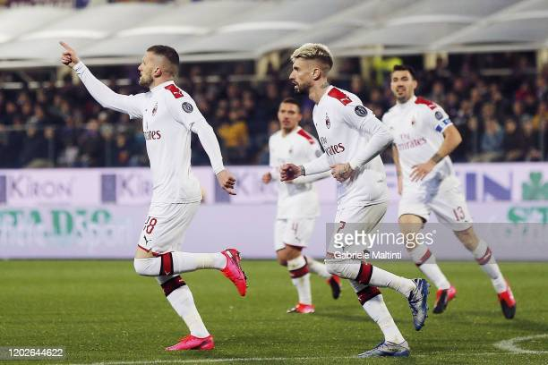 Ante Rebic of AC Milan celebrates after scoring a goal during the Serie A match between ACF Fiorentina and AC Milan at Stadio Artemio Franchi on...
