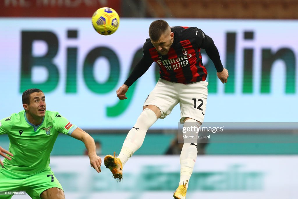 AC Milan v SS Lazio - Serie A : Fotografía de noticias
