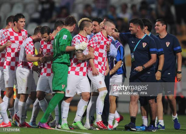 Ante Rebic of Croatia celebrates his goal with team mates during the FIFA U20 World Cup Group F match between Uruguay and Croatia at the Ataturk...