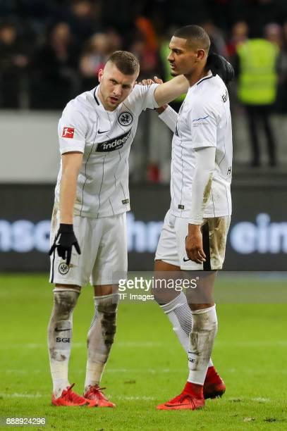 Ante Rebic of Frankfurt and Sebastien Haller of Frankfurt look dejected after the Bundesliga match between Eintracht Frankfurt and FC Bayern Muenchen...