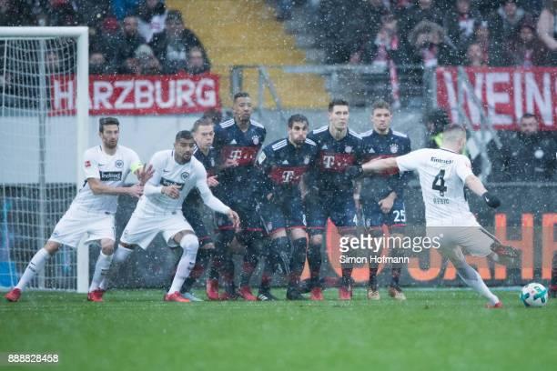 Ante Rebic of Frankfurt takes a freekick during the Bundesliga match between Eintracht Frankfurt and FC Bayern Muenchen at CommerzbankArena on...