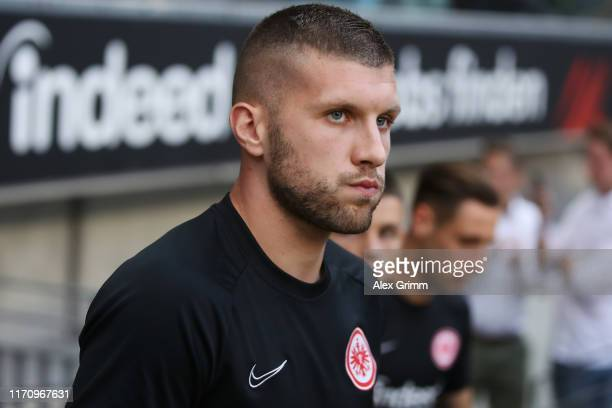 Ante Rebic of Frankfurt warms up for the second leg of the UEFA Europa League playoff match between Eintracht Frankfurt and Racing Club de Strasbourg...