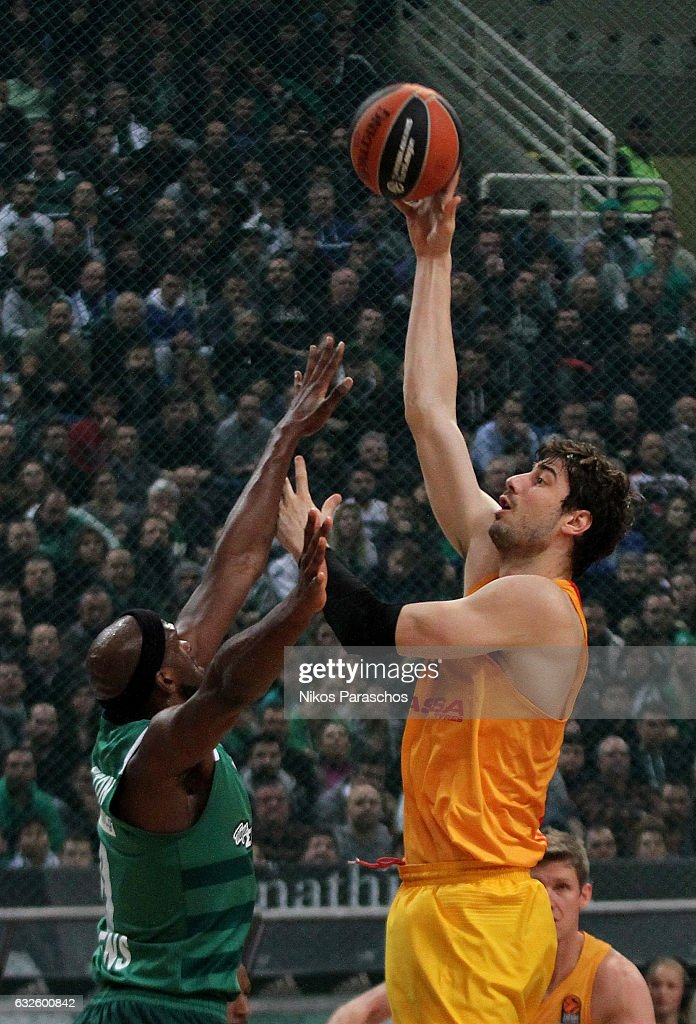 Ante Tomic, #44 of FC Barcelona Lassa competes with Chris Singleton, #0 of Panathinaikos Superfoods Athens during the 2016/2017 Turkish Airlines EuroLeague Regular Season Round 19 game between Panathinaikos Superfoods Athens v FC Barcelona Lassa at Olympic Sports Center Athens on January 24, 2017 in Athens, Greece.