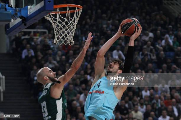 Ante Tomic #44 of FC Barcelona Lassa competes with Nick Calathes #33 of Panathinaikos Superfoods Athens during the 2017/2018 Turkish Airlines...