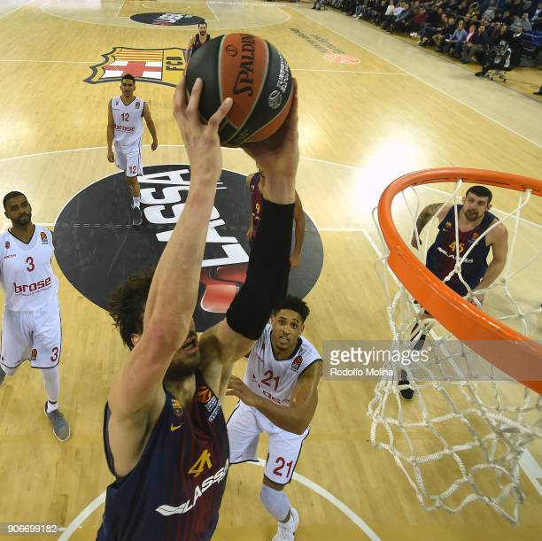 Ante Tomic #44 of FC Barcelona Lassa in action during the 2017/2018 Turkish Airlines EuroLeague Regular Season Round 19 game between FC Barcelona...