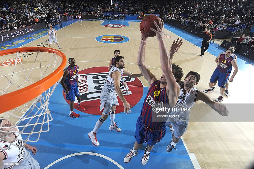 Ante Tomic, #44 of FC Barcelona Regal in action during the 2012-2013 Turkish Airlines Euroleague Regular Season Game Day 7 between FC Barcelona Regal v Lietuvos Rytas Vilnius at Palau Blaugrana on November 22, 2012 in Barcelona, Spain.