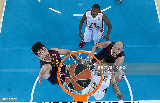 Ante Tomic #44 of FC Barcelonain action during the 20142015 Turkish Airlines Euroleague Basketball Play Off Game 2 between FC Barcelona v Olympiacos...
