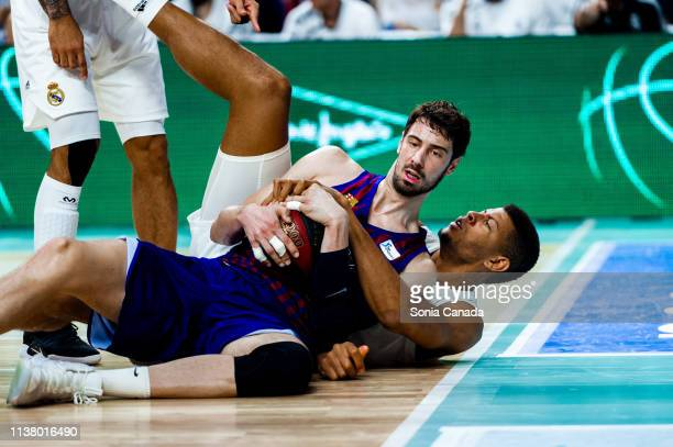 Ante Tomic and Tavares during the Liga Endesa match between Real Madrid and FC Barcelona Lassa at Wizink Center on March 24 2019 in Madrid Spain