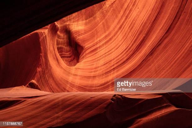 antelope canyon swirl - formación de roca fotografías e imágenes de stock